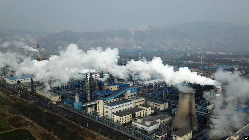 Chinese state-owned companies use loopholes in green financing rules to fund coal-fired power plants